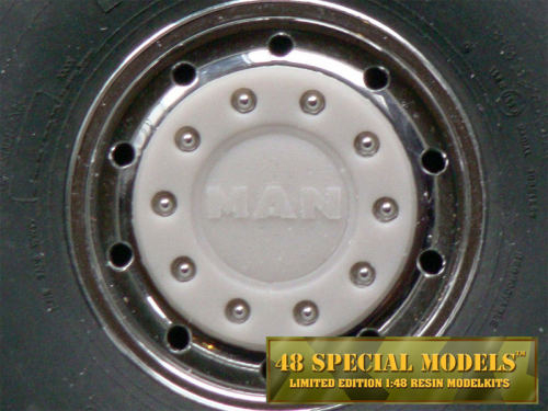 """MAN"" Truck Hub-Cap with nut protection ring for Tamiya Cooler Wide Rims, 1 Set, 1/14"