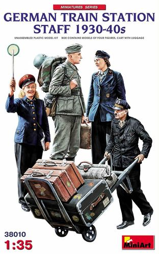German Train Station Staff 1930-40s, 1/35 Plastic Kit